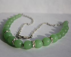 Ожерелье из  нефрита (TB-12)